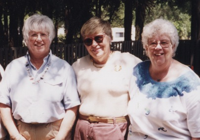 1999_May_31_Sister_Ann_Group_Under_trees
